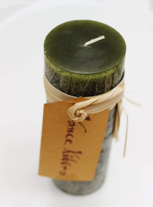 Luebech Living home Timber Candle -  15 cm - hunting green
