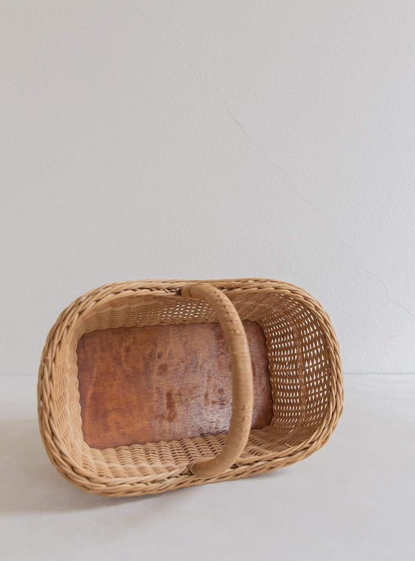 Valentin - vintage straw basket mini