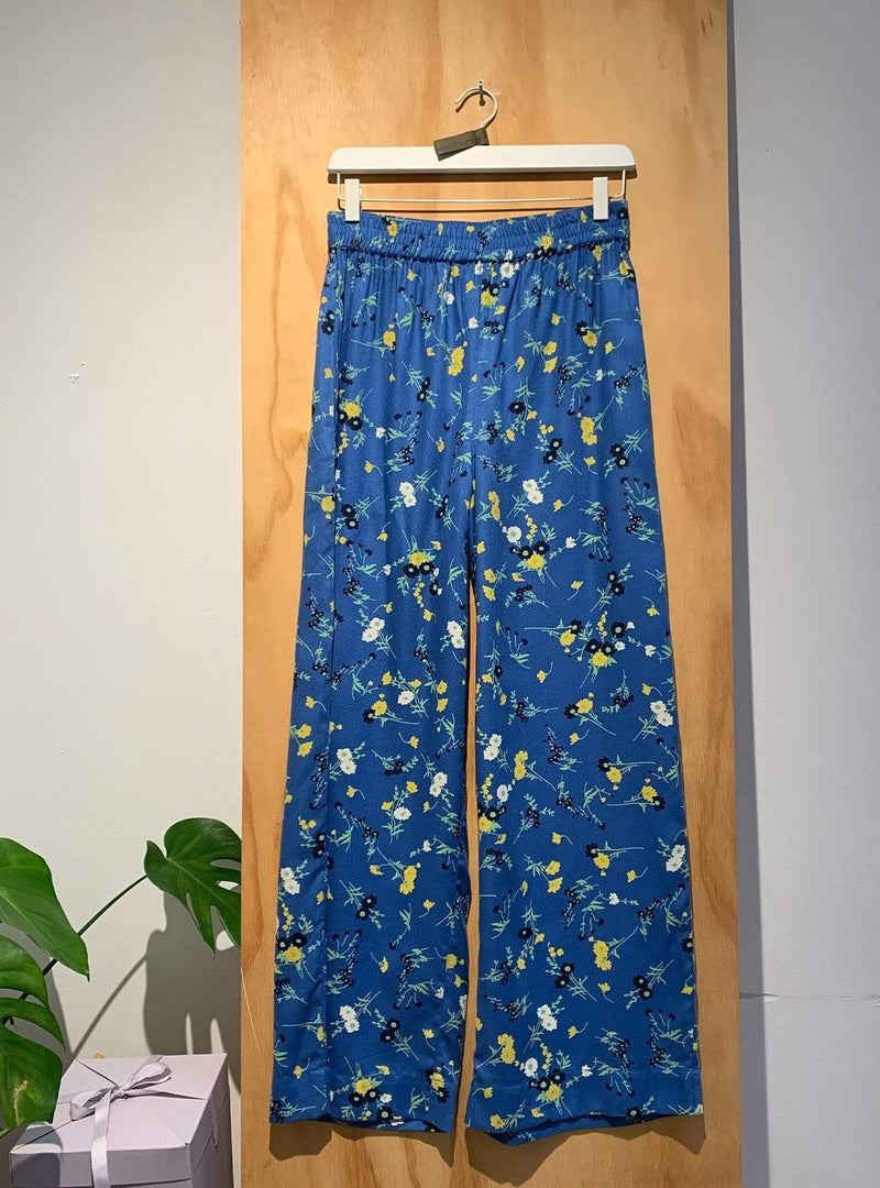 people tree Archive sale 38 Tencel trouser - blue floral