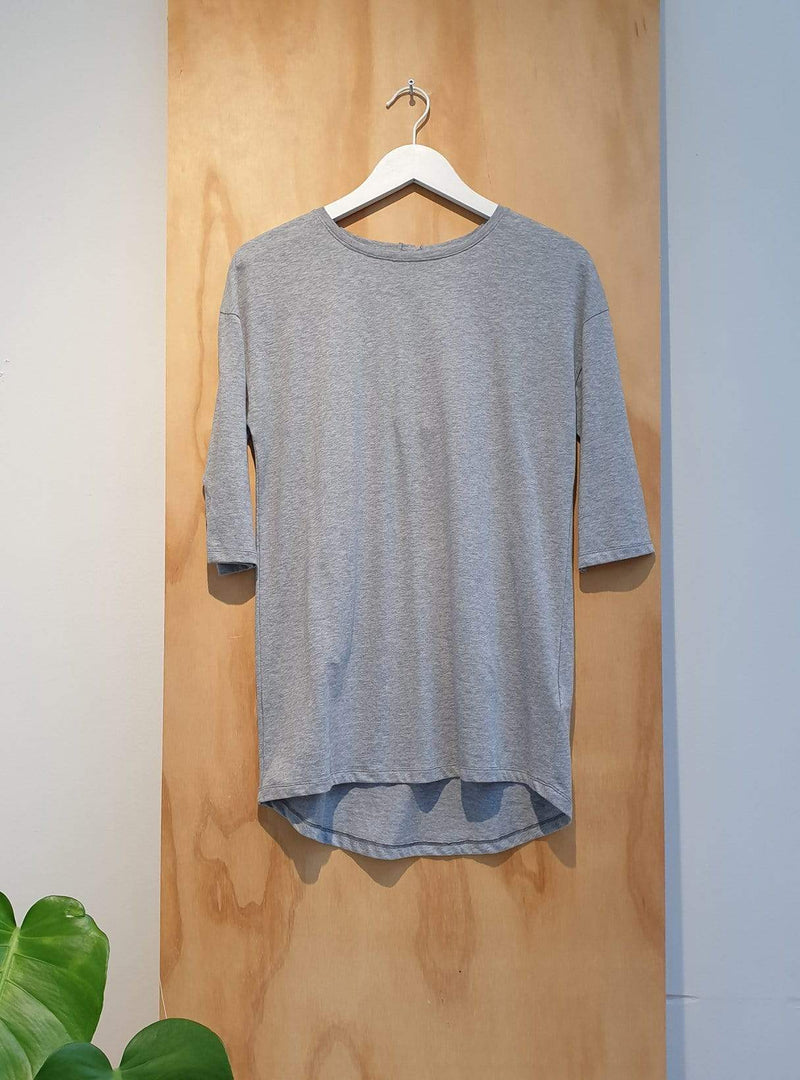 studio JUX Archive sale 36 Organic cotton - t-shirt button back - grey