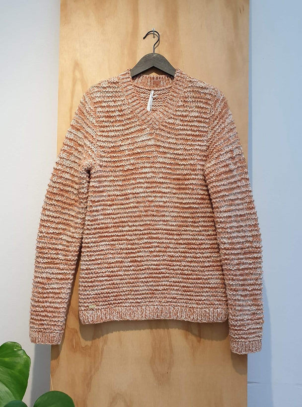 studio JUX Archive sale M Handknit wool - v-neck sweater - orange
