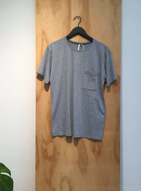 studio JUX Archive sale M Organic cotton - t-shirt pocket - grey