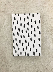 Notebook A5 - black/white dots