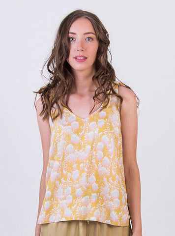 Knotted shoulder top - summer flower