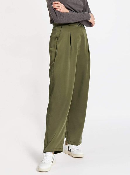 Belted high waisted tencel trousers - olive