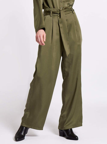 Belted wide leg tencel trousers - olive