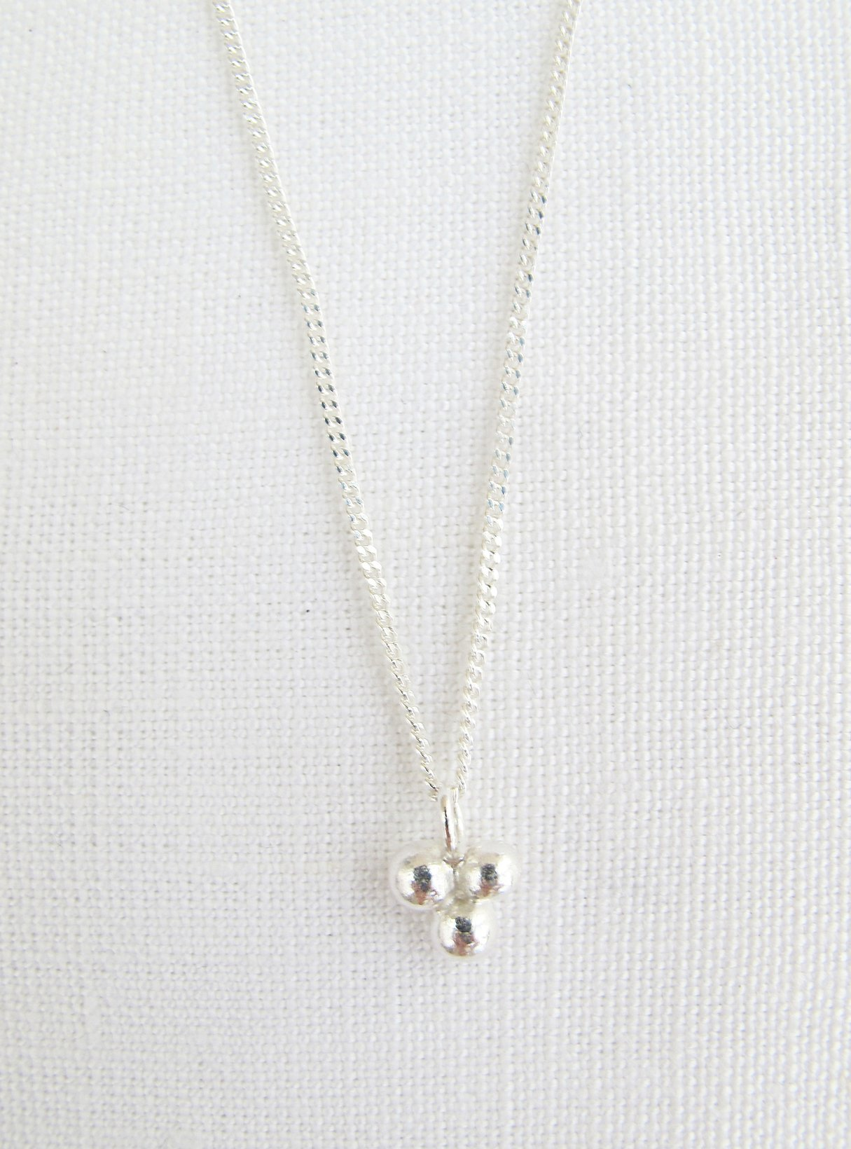Triple dot necklace 60cm - sterling silver