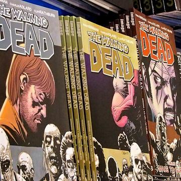 8 Reasons why you should be reading The Walking Dead.