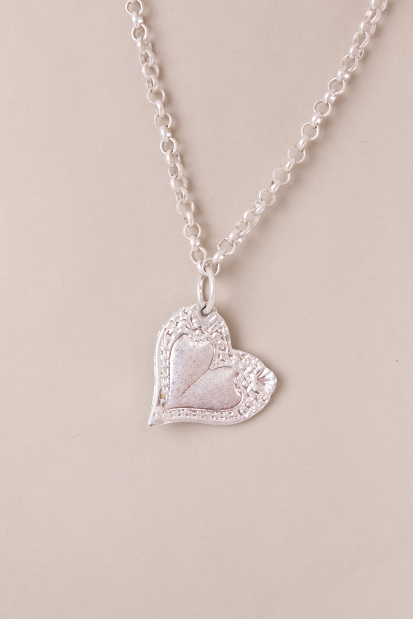 Pattern Heart Short Necklace
