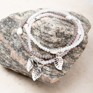 Lily Leaf Bead Bracelet - Tilletts Clothing (2296029380721)