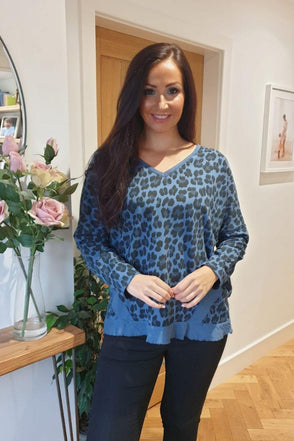 V Neck Leopard Sweatshirt May