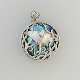Abalone Stingray Pendant Set in Sterling Silver
