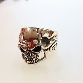 Sterling Silver Fierce Skull Ring
