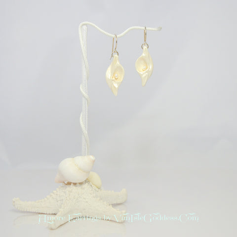 Amore Island Goddess Seashell Earrings