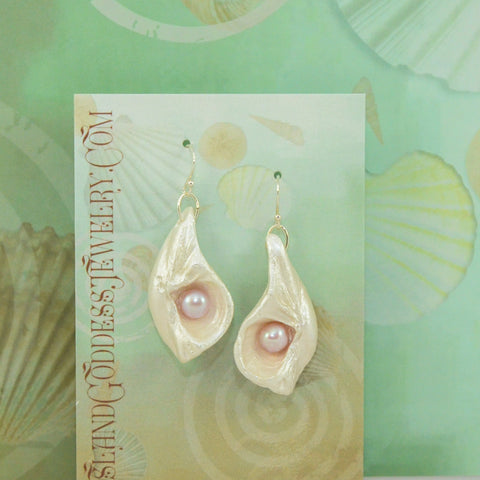 IG122E Jazlyn Island Goddess Earrings made from natural seashells and freshwater pearls. VanIsleGoddess.Com
