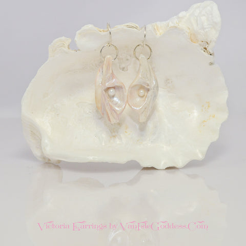 Victoria Island Goddess Seashell Earrings