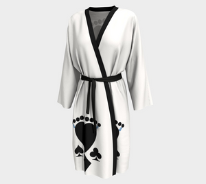 Queen of Cards Peignoir  Look absolutely fabulous in white and black!  The four suites plus the Winning dollar signs in blue to bring you good luck!!  Great for travel wear.