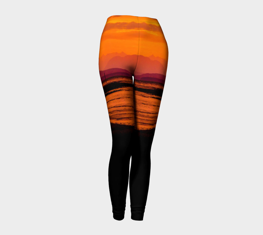 Saratoga Sunset Leggings by Roxy Hurtubise front