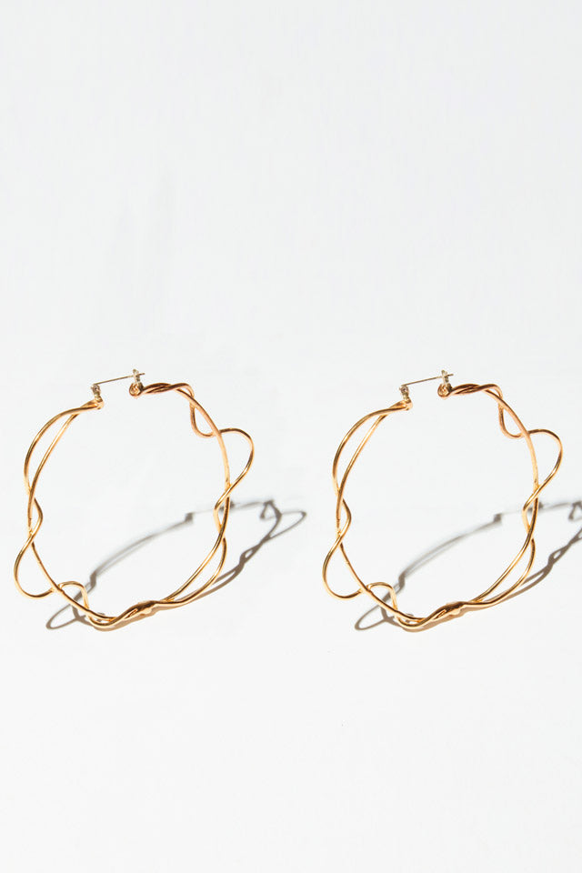 Line de Loop Earrings in Brass