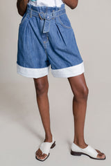 Irolo Short in Light Wash