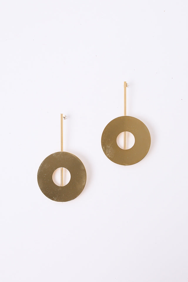 Disc Earring in Brass