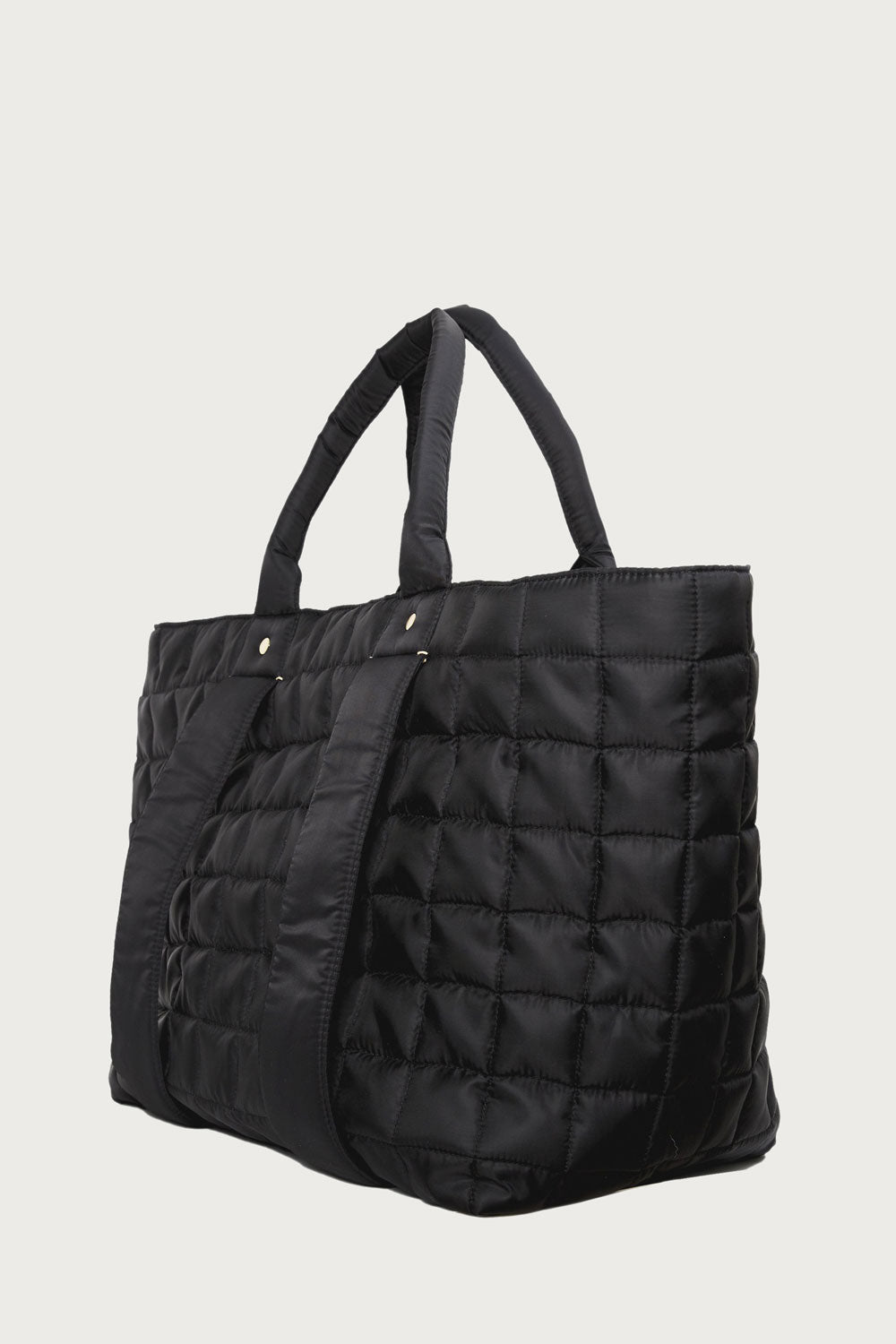 Giant Trop in Black Quilted