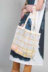 Market Tote in Gold Grid