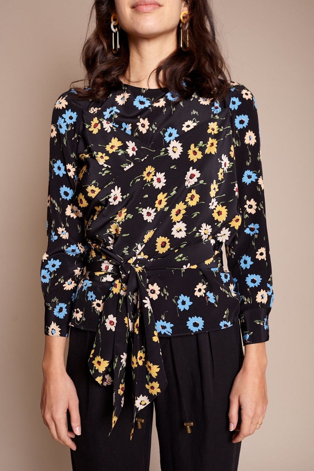 Kelly Wrap Top in Falling Floral