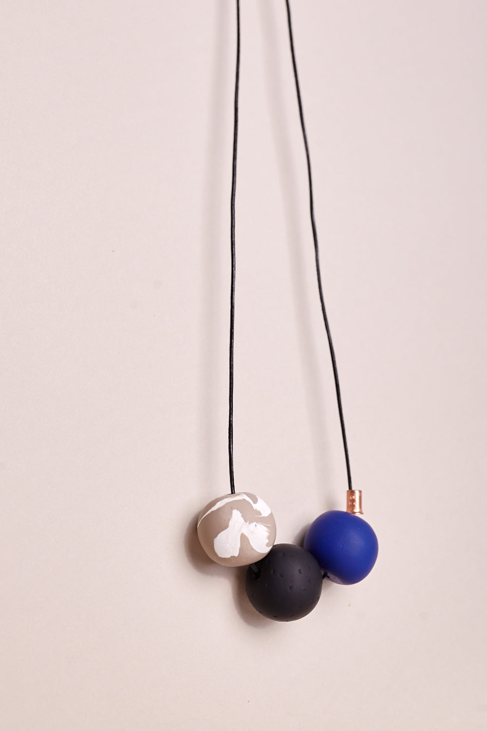 The Andy Necklace in Royal Blue Pop