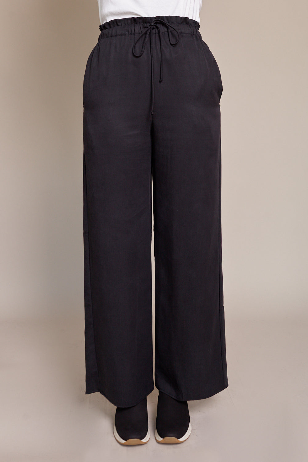Lounge Pant in Onyx