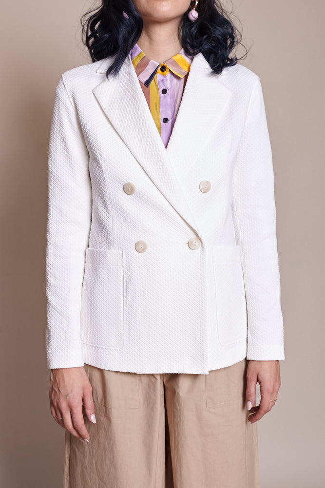 Harris Wharf London Double Breasted Blazer in Off-White - Vert & Vogue