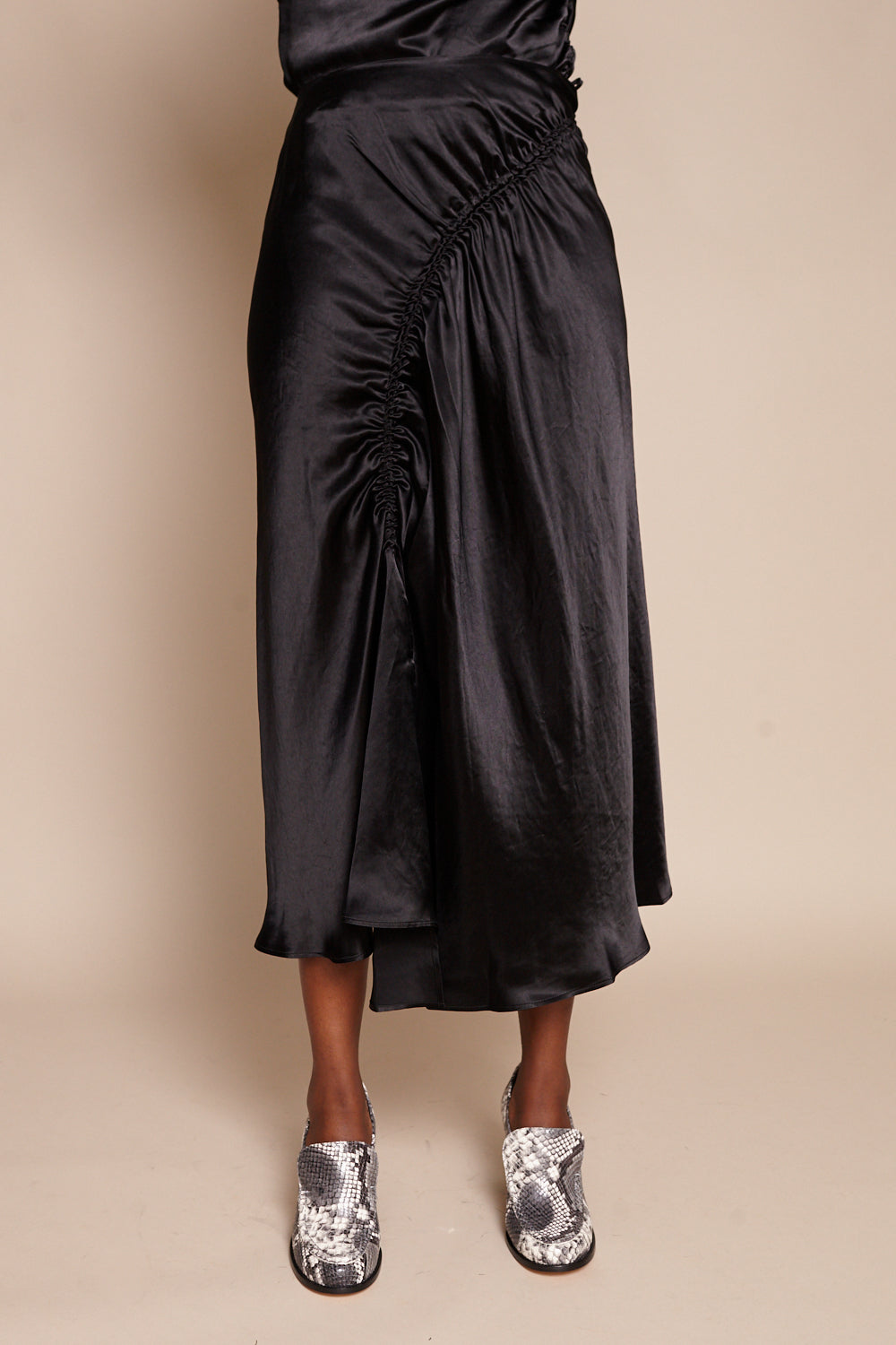 Rives Skirt in Onyx