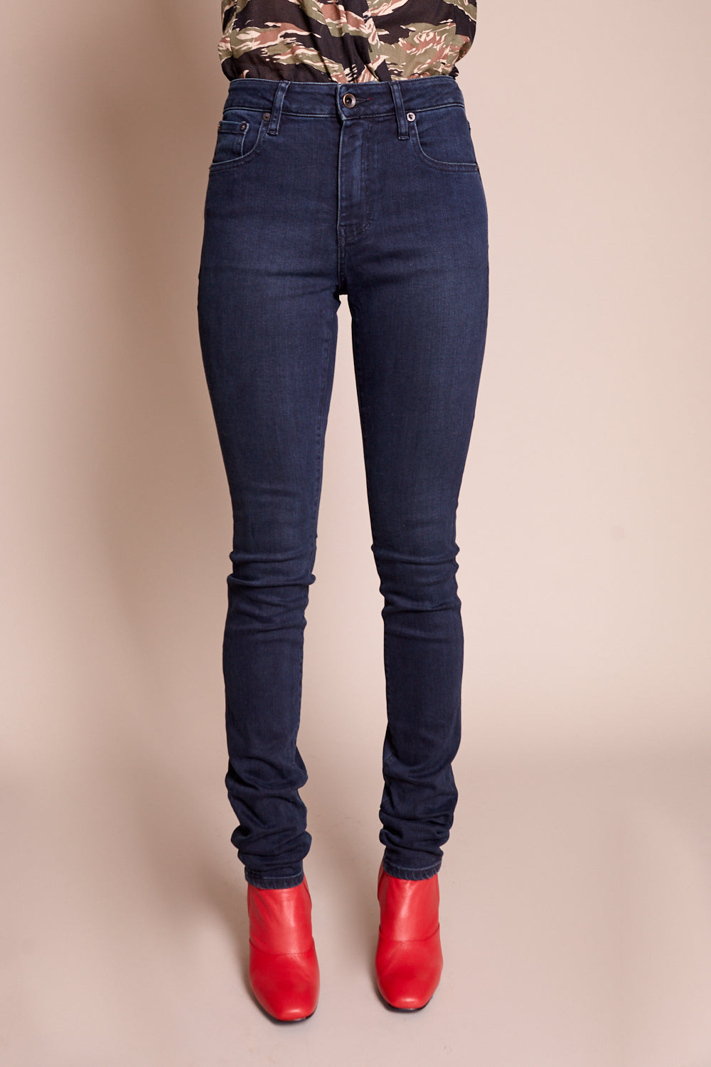 Raleigh Denim Workshop Haywood High Rise Skinny Jean in Canon - Vert & Vogue