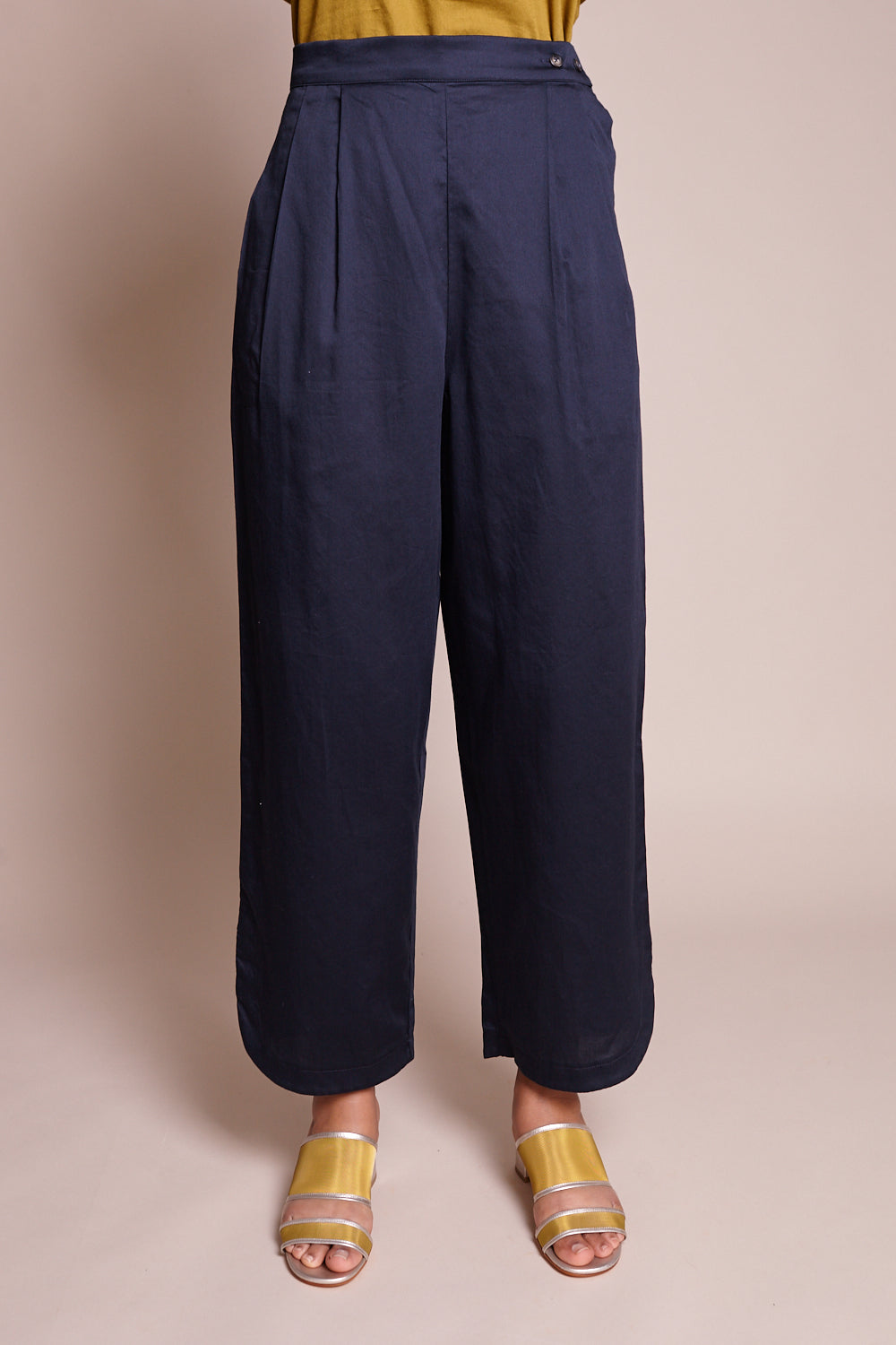 Black Crane Easy Pants in Dark Navy - Vert & Vogue