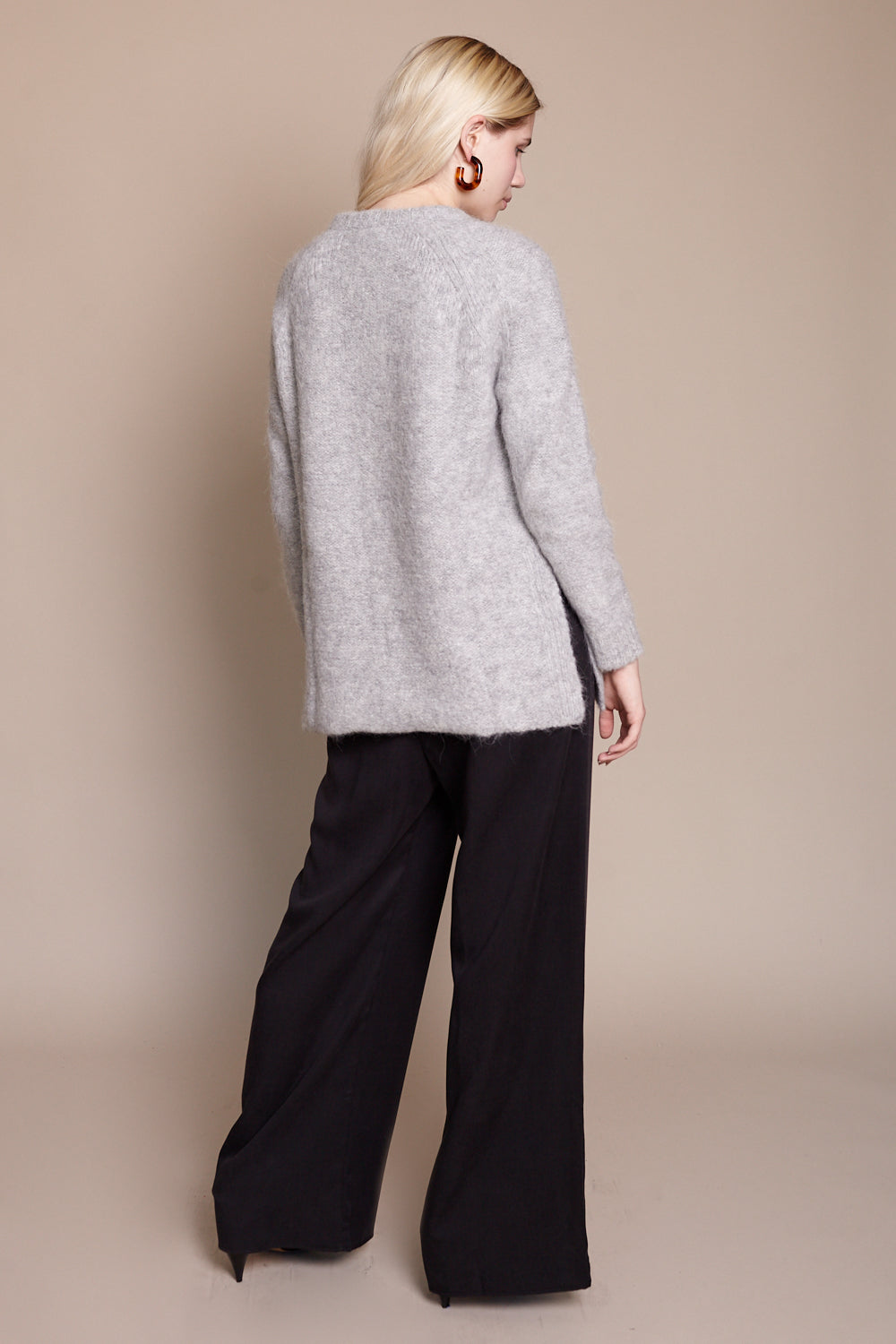Gorges Sweater in Heather Grey