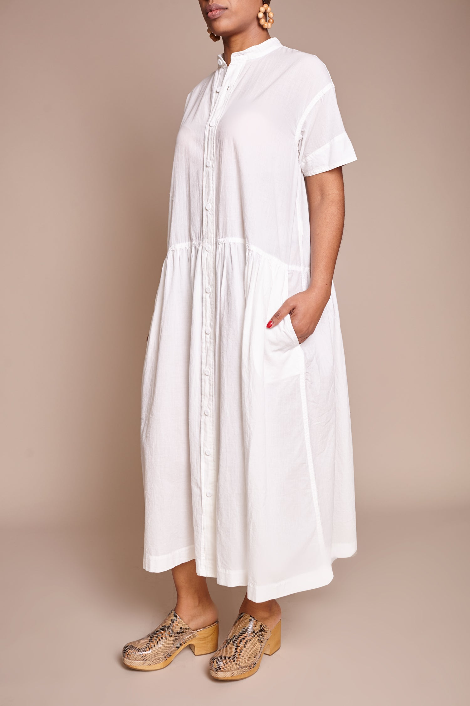 pas de calais Button Front Dress in White - Vert & Vogue