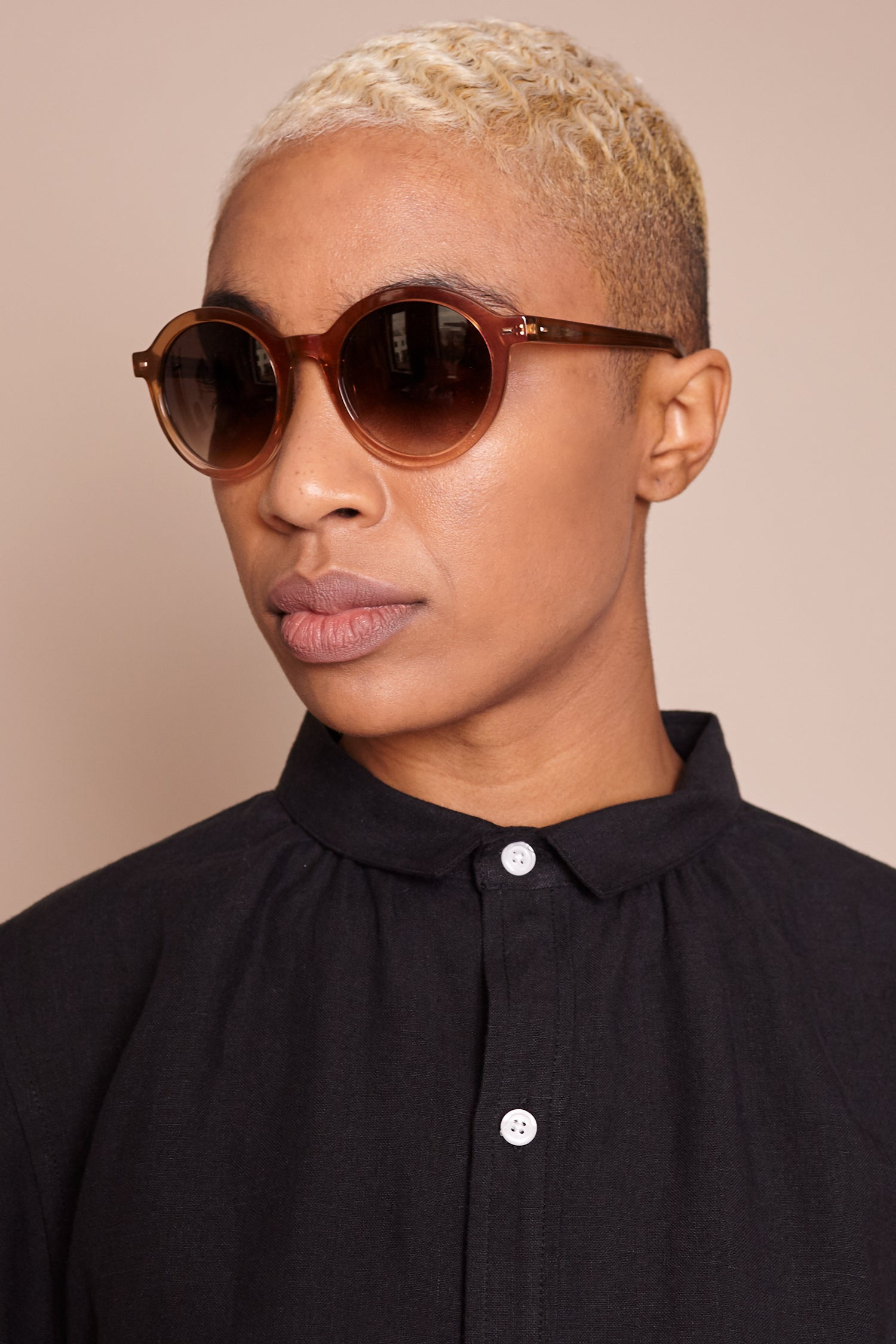 Flora Sunglasses in Brown