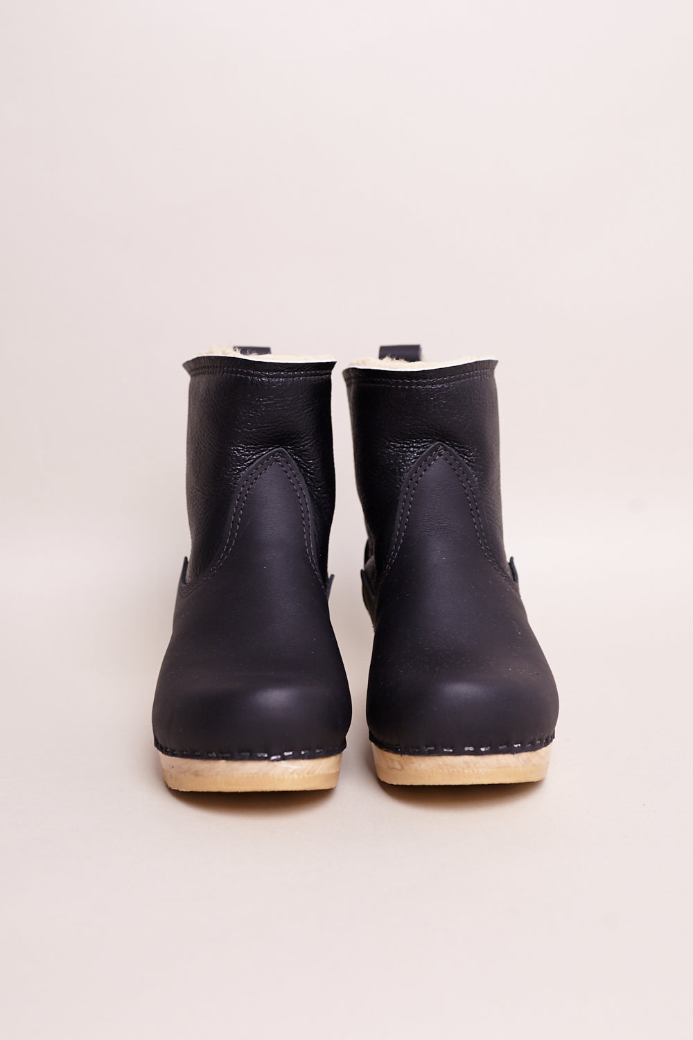 "No.6 5"" Pull on Shearling Clog Boot in Ink Aviator - Vert & Vogue"
