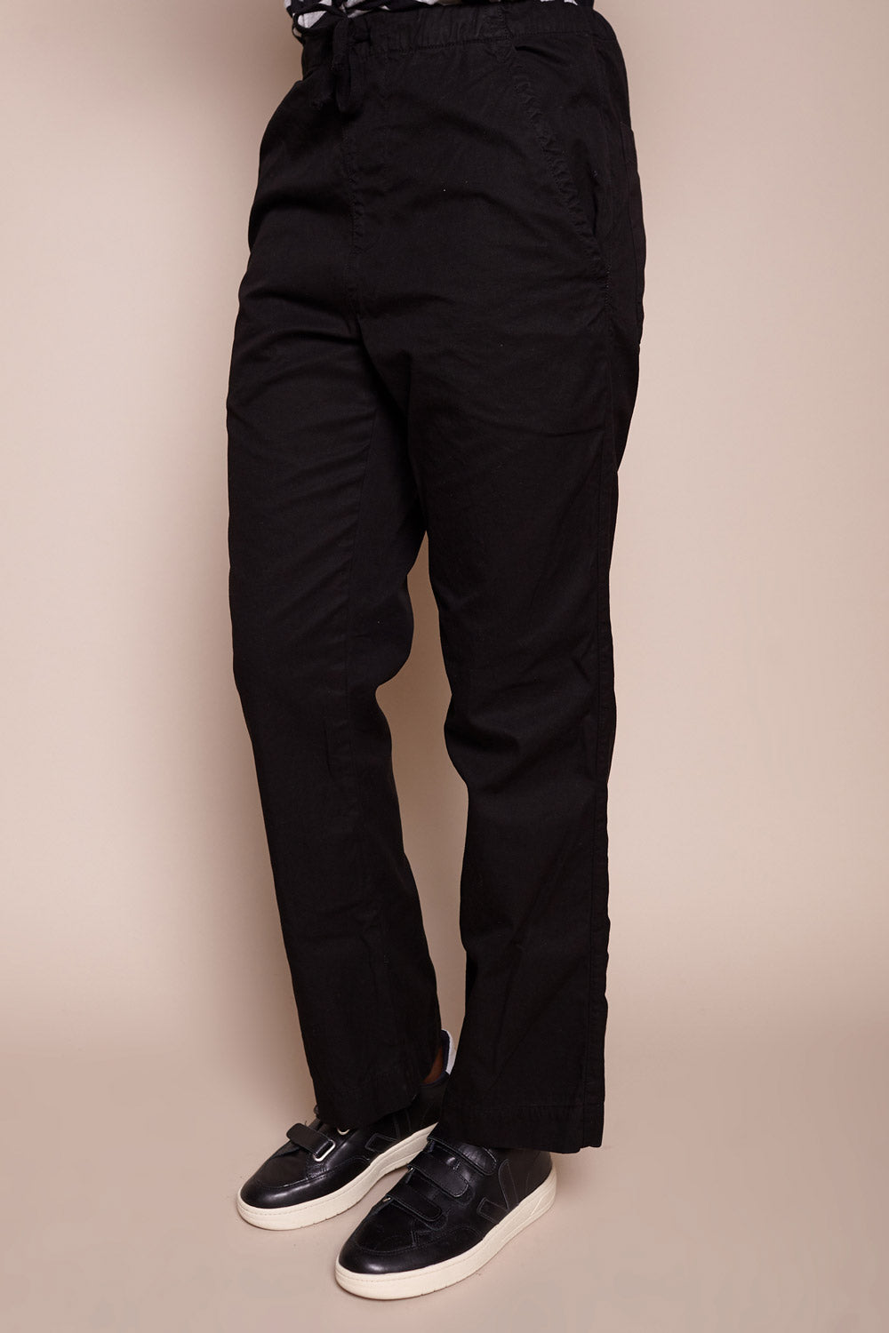Comfort Chino in Black