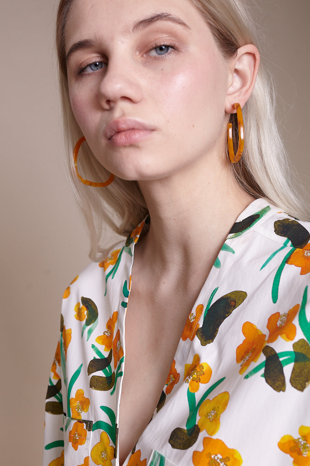 Scoop Earring in Apricot
