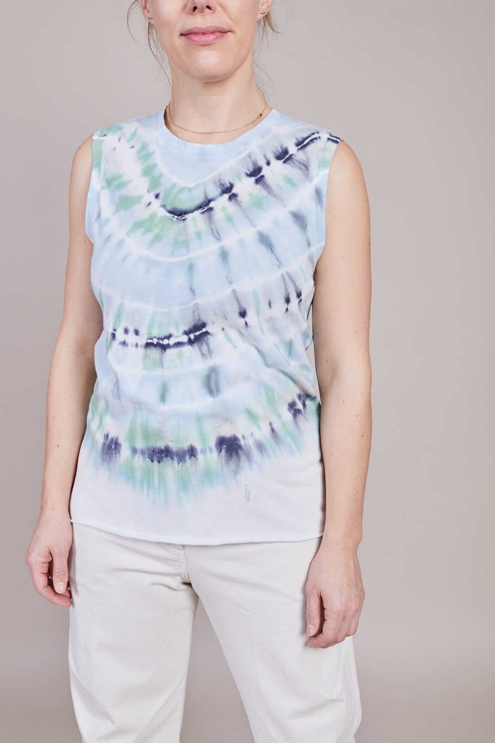 Fitted Muscle Tee in Minty Tie Dye