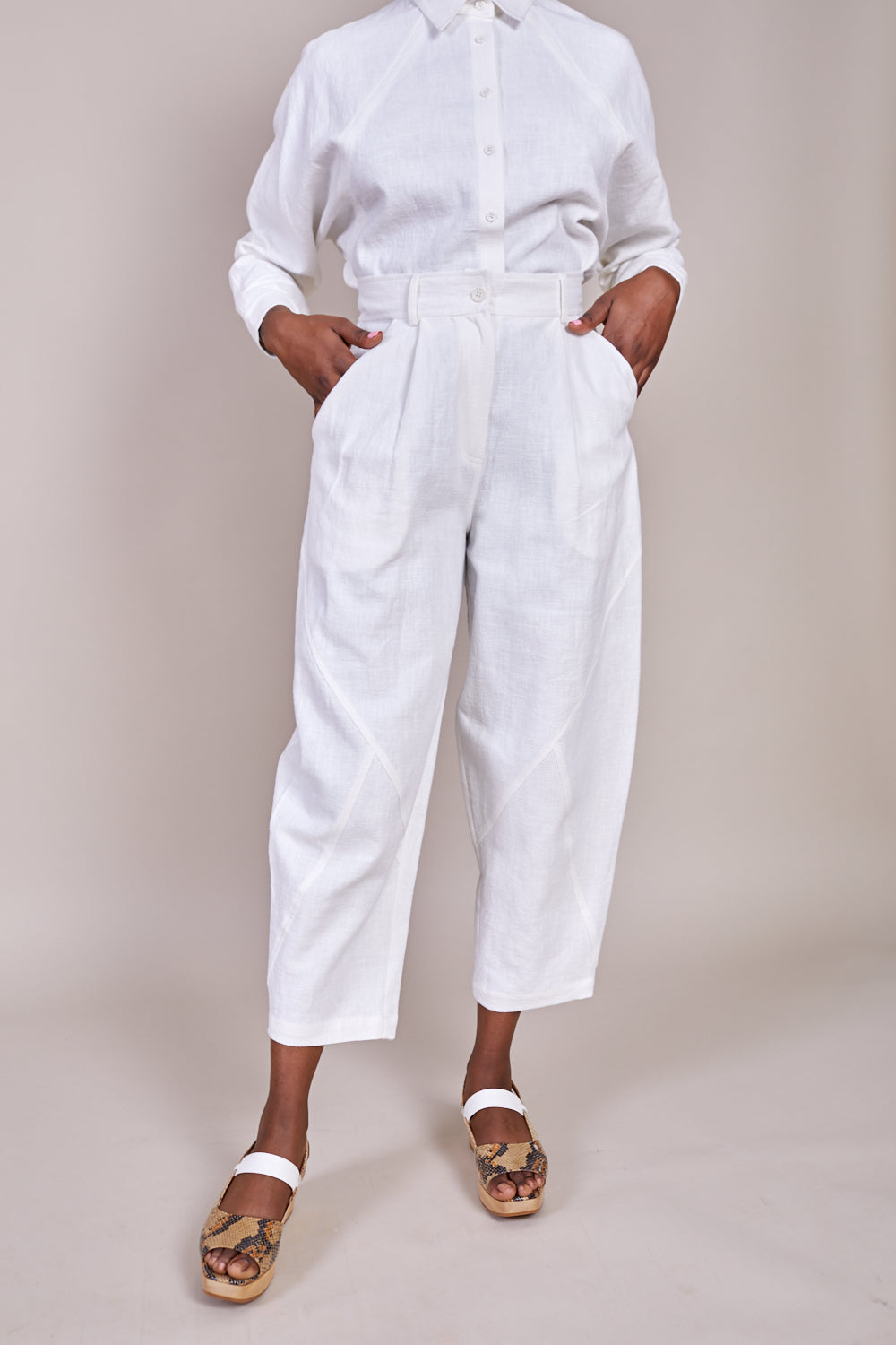 Signature Lantern Trouser in Off White