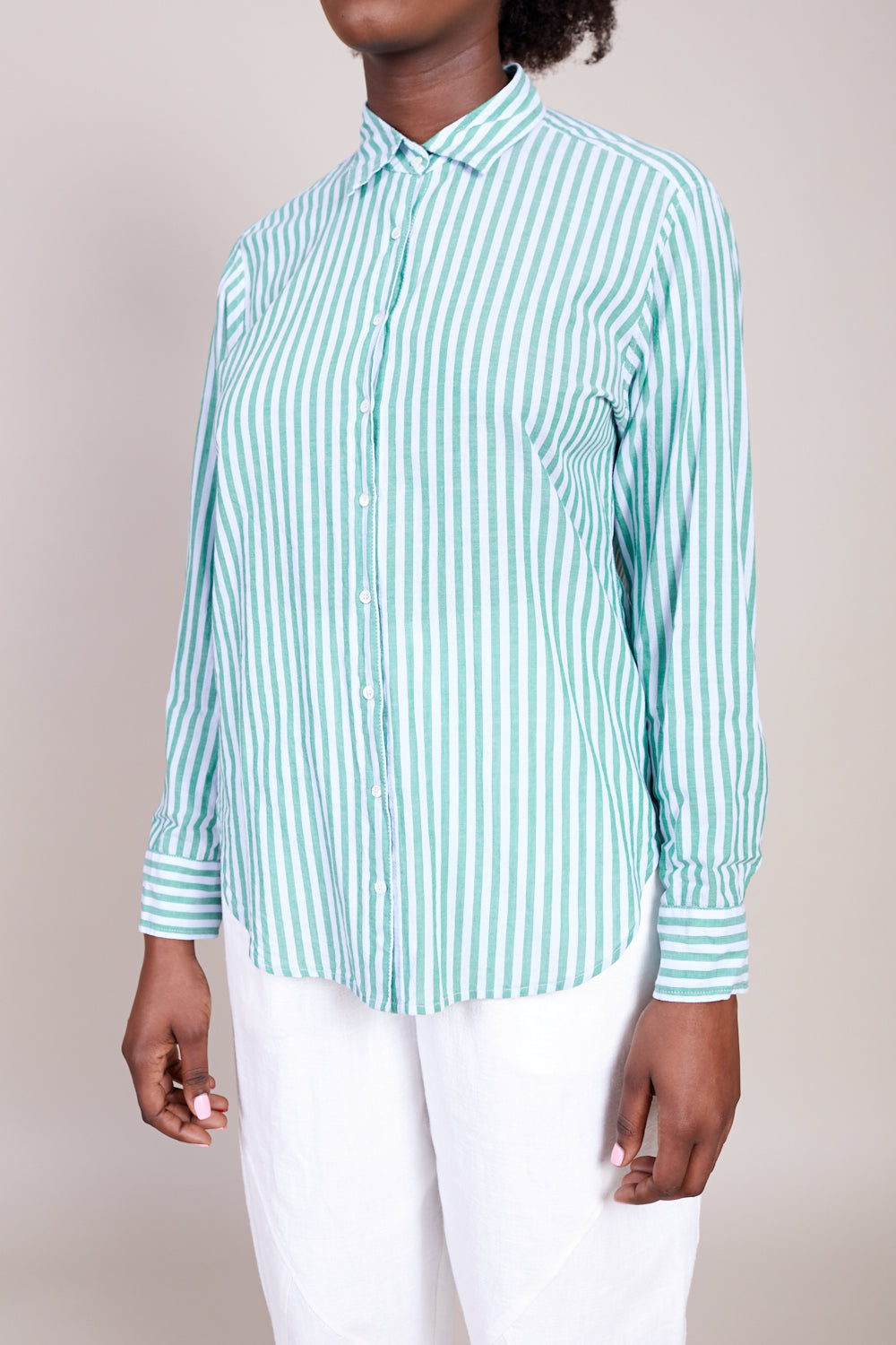 Xirena Beau Shirt in Clearwater - Vert & Vogue