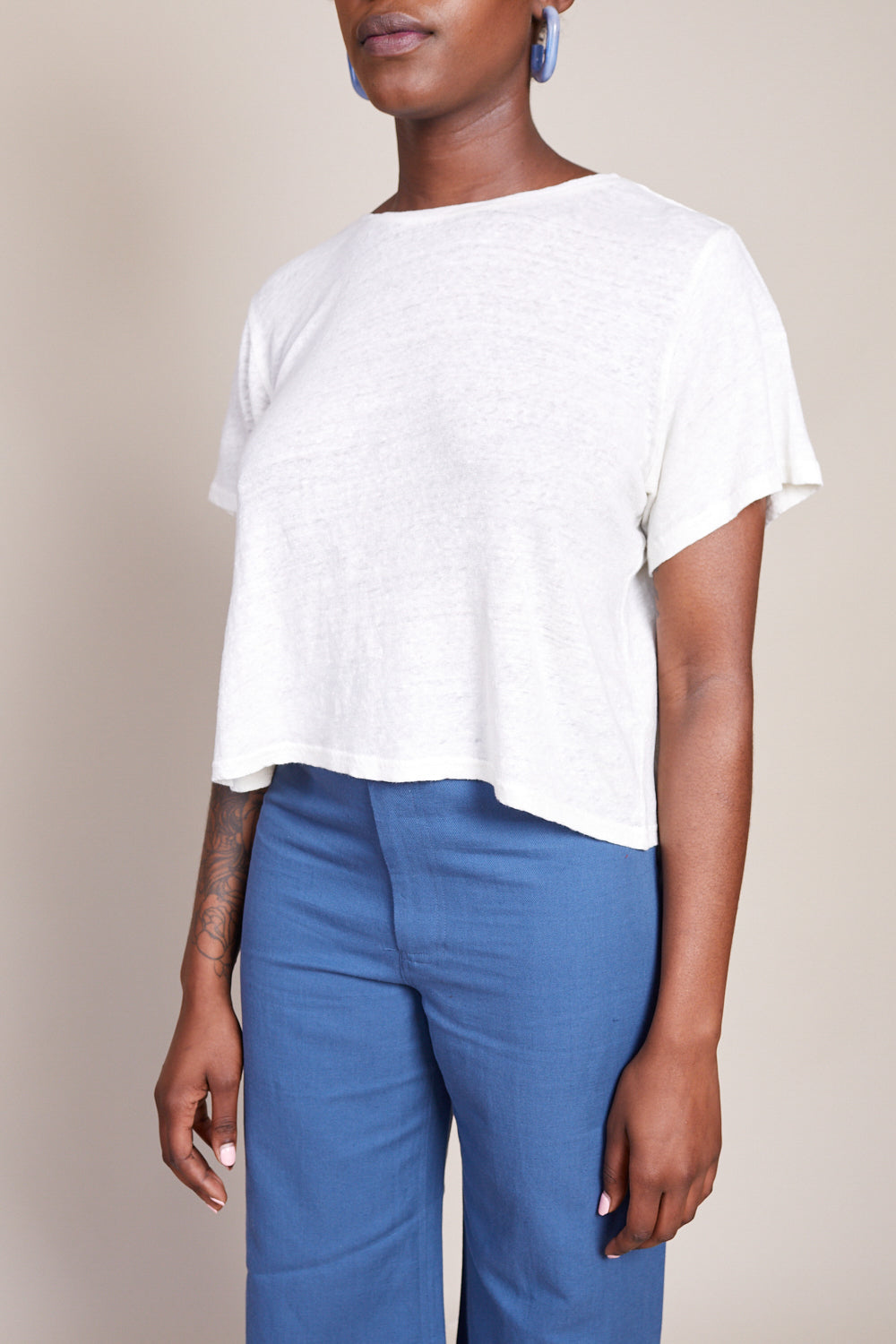 Cropped Tee in Cream
