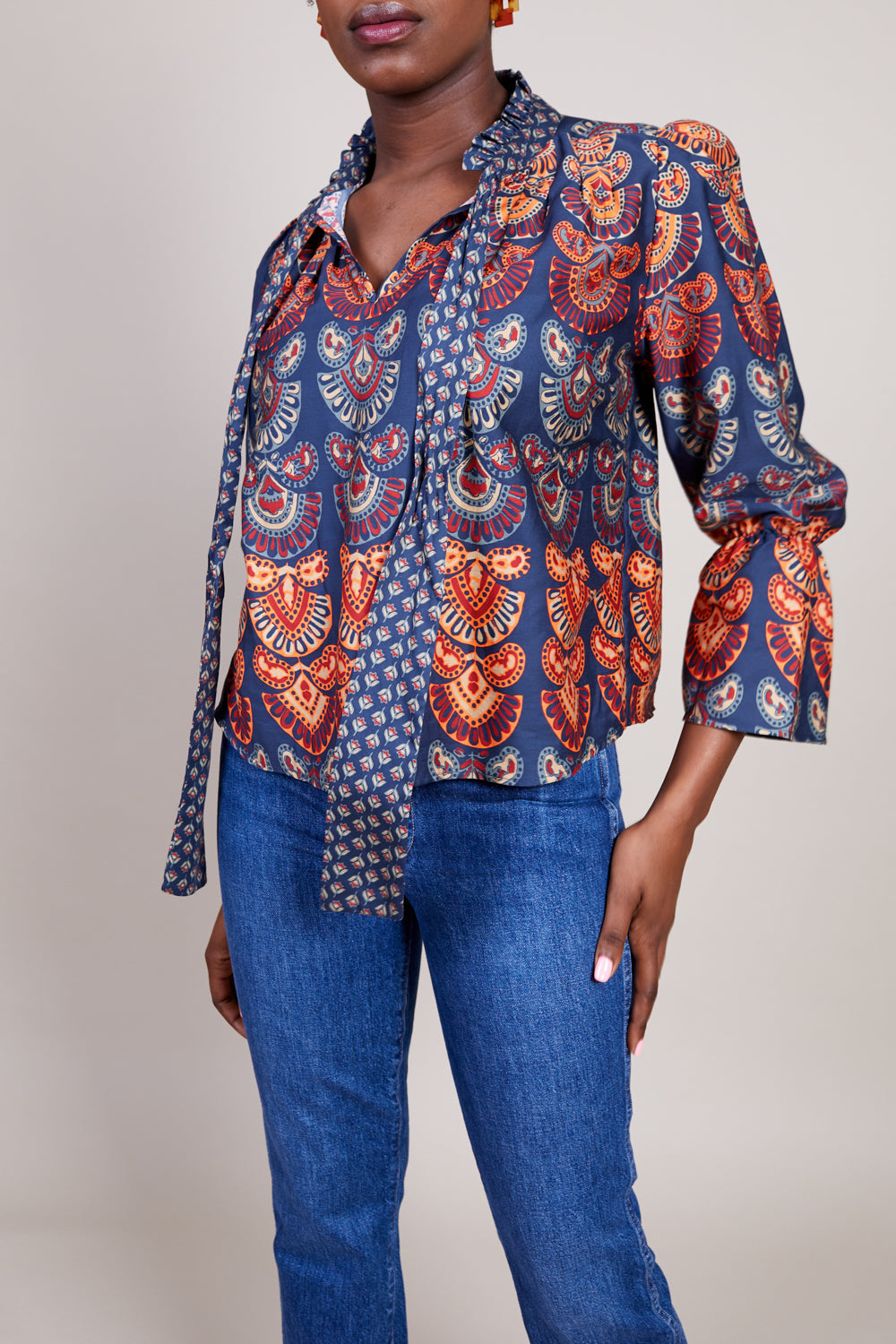 August Blouse in Black Red Multi