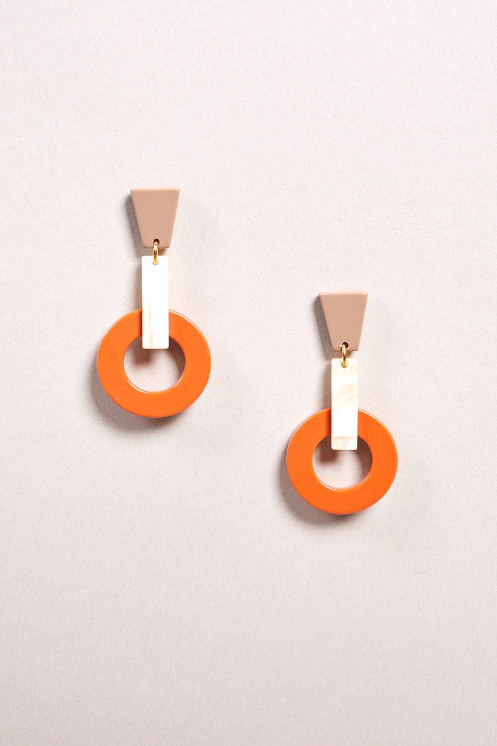 Silence Earring in Naranja