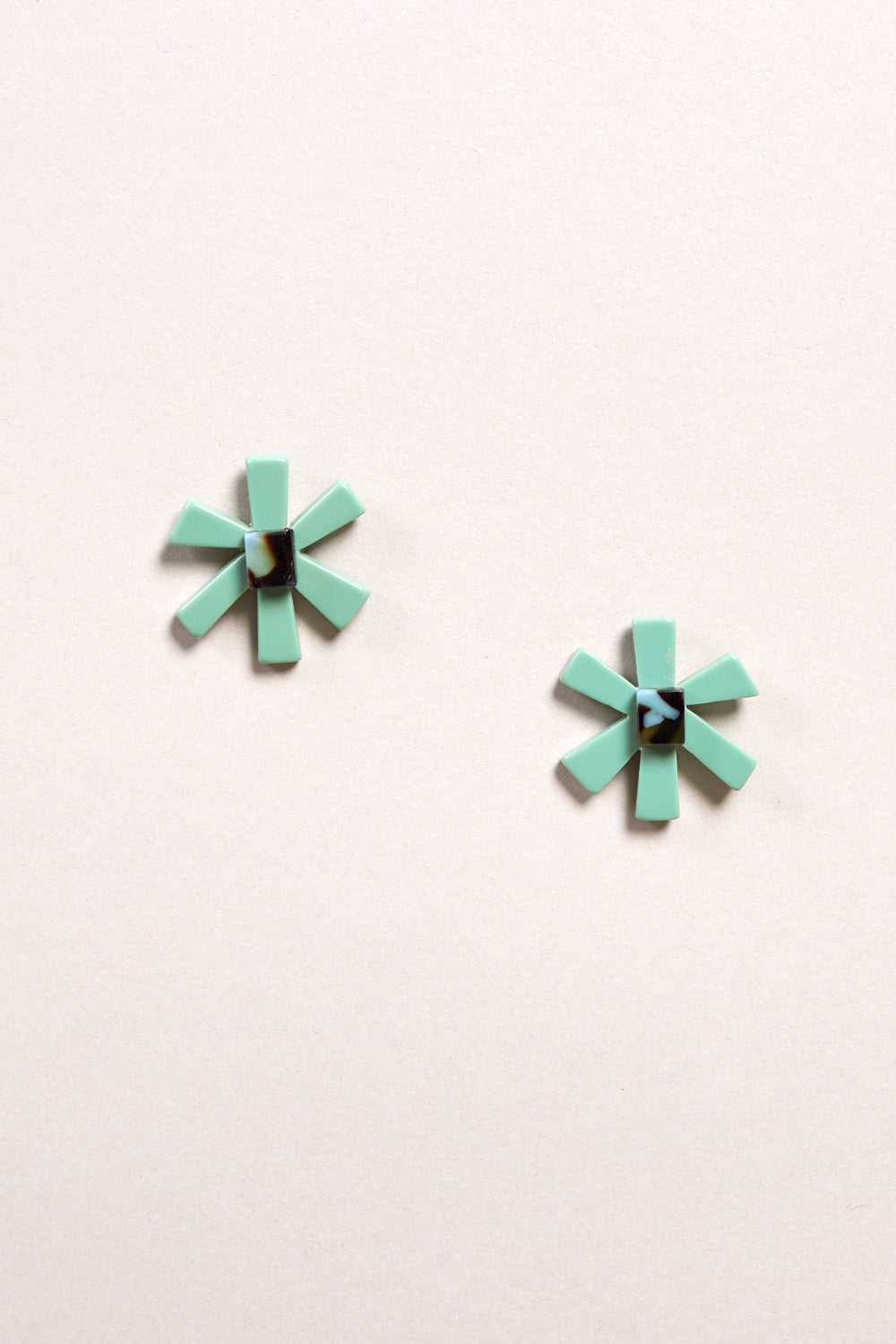 Cle Earring in Verde
