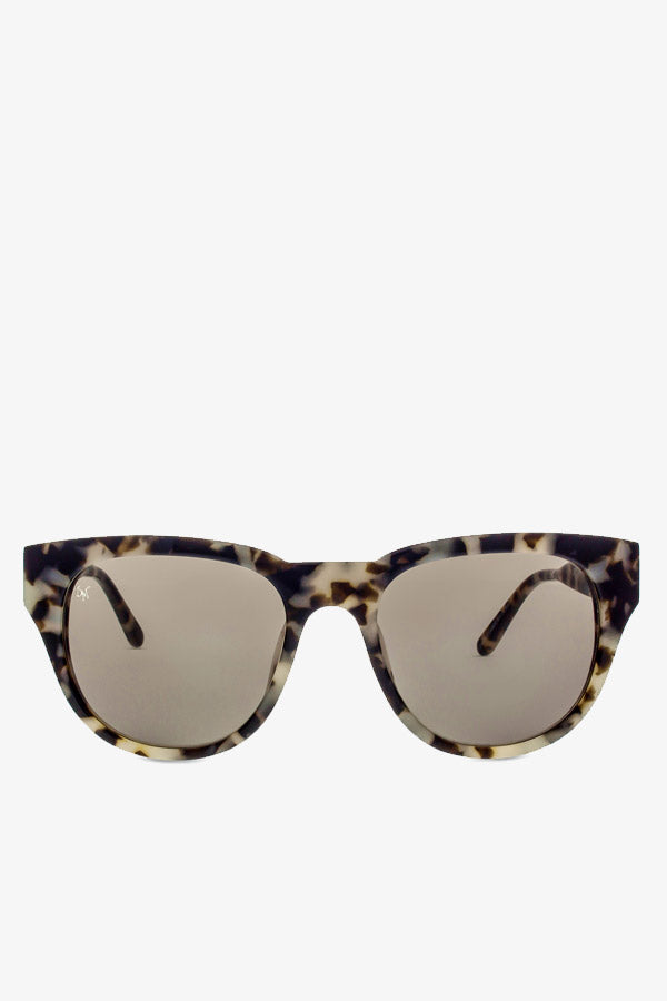 Everyday sunglasses in marble glam