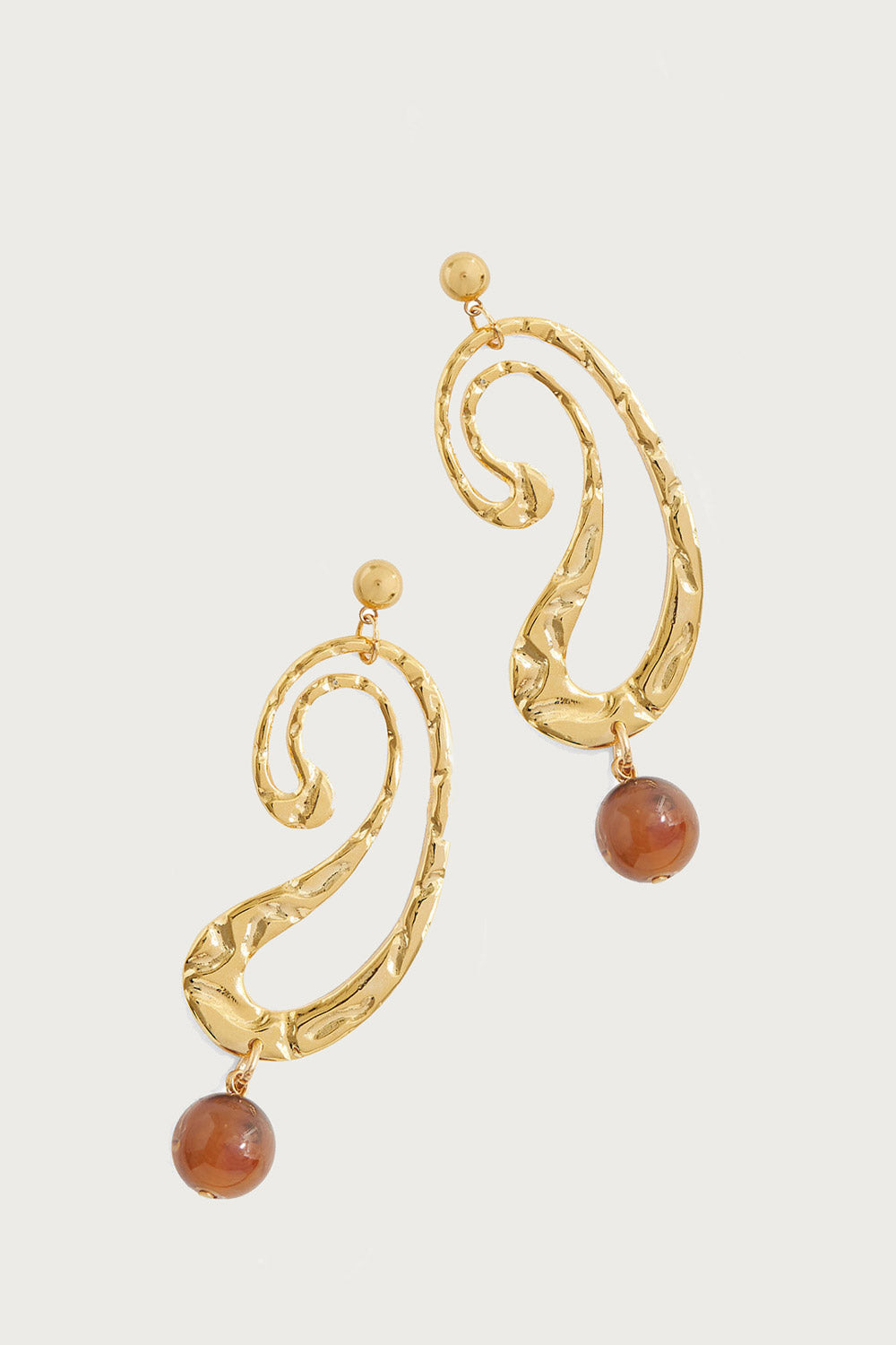 Swerve Earrings in Brown