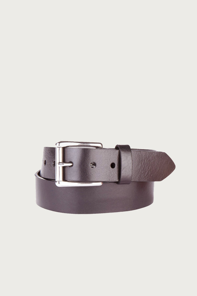 Classic Belt in Dark Brown Milled